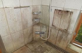 カビ除去・防カビ施工事例 浴室Before2